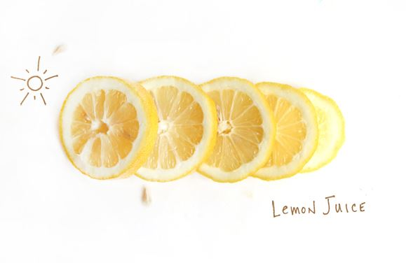how to make your hair blonder with lemon